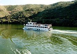 Cruzeiros e outros passeios de barco no Douro